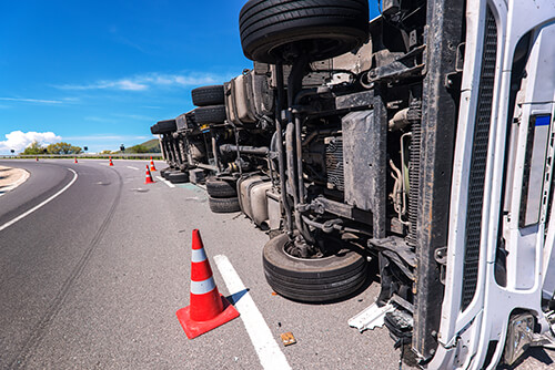 what-to-do-after-truck-accident-de-lachica-law-firm