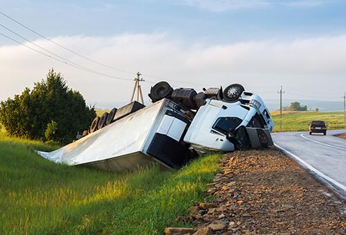 truck-accident-investigation-de-lachica-law-firm