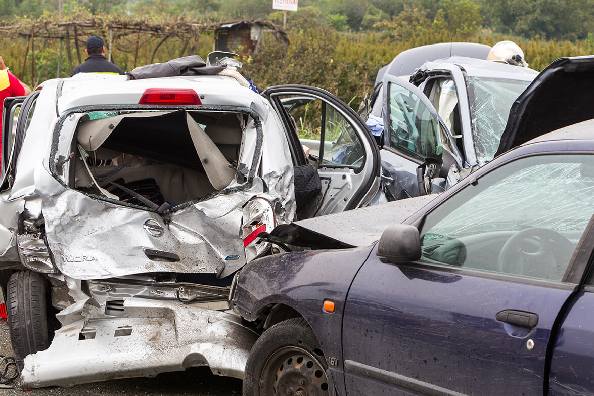 Injured in a Multi-Vehicle Crash? Know This  de Lachica Law Firm